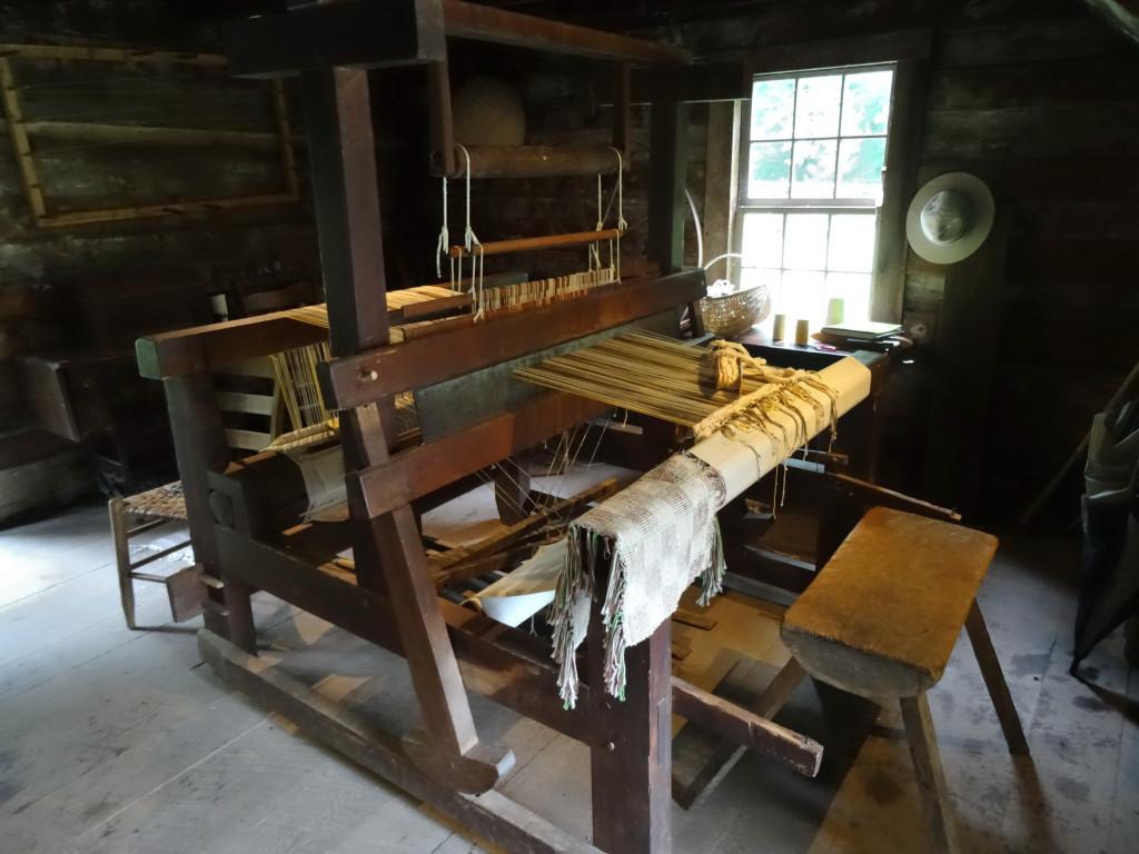 Matthews Cabin Weaving Loom, Mabry Mill, Blue Ridge Parkway I Western Sakiori