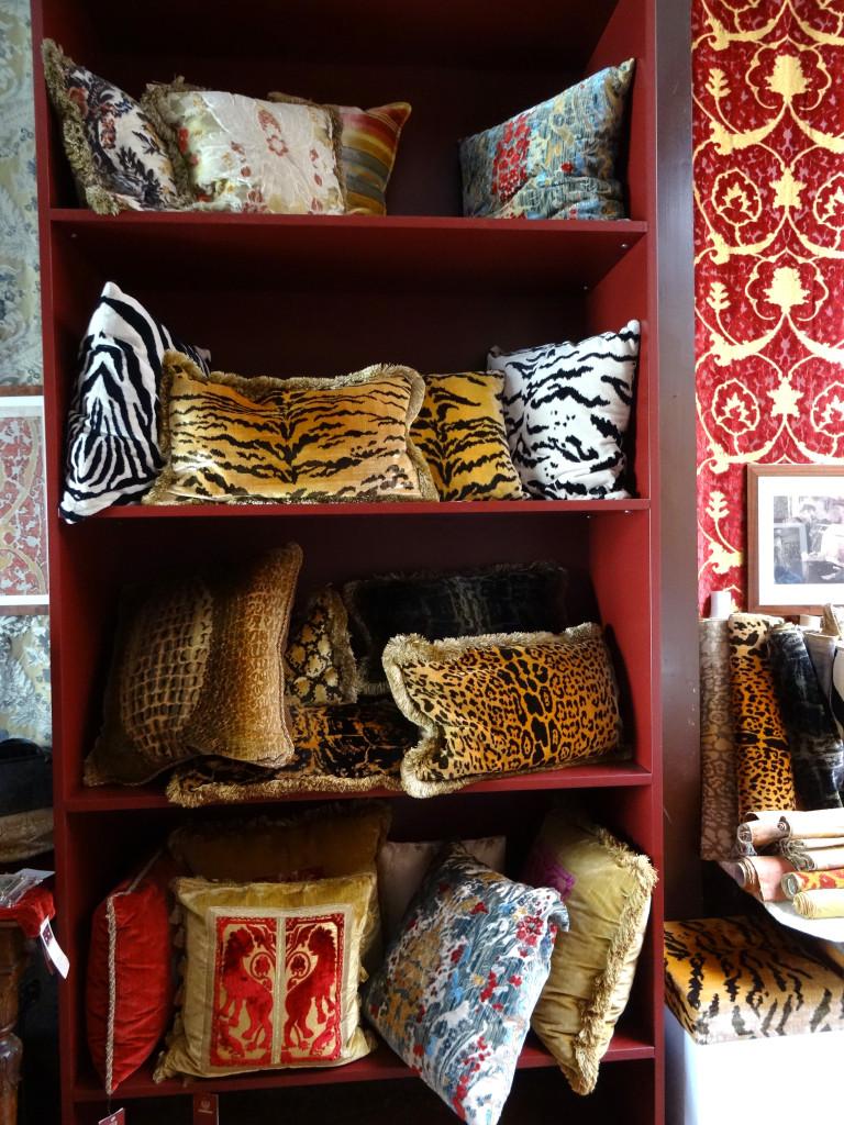 Bevilacqua showroom I Western Sakiori
